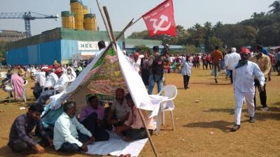 'Farmers-wave' in Maha: Sena, NCP, Cong to protest