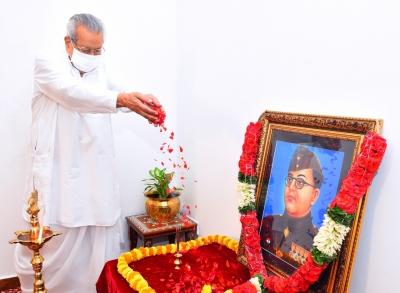 Netaji's role in freedom struggle can't be forgotten: Andhra Governor