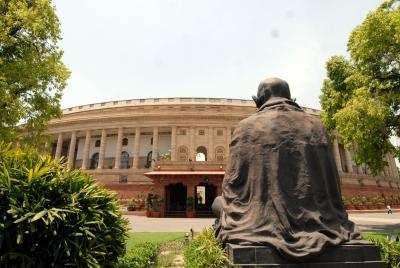 Right to Reject may disrupt Parl; SC seeks Centre, EC reply