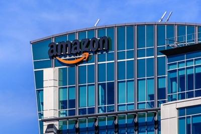 Amazon urges Biden to prioritise its workers for Covid-19 vaccine