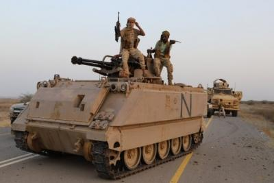 Yemen govt forces launch offensive against Houthis