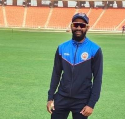 Inspired by Dhoni, learnt helicopter shot for 'death' overs: Solanki